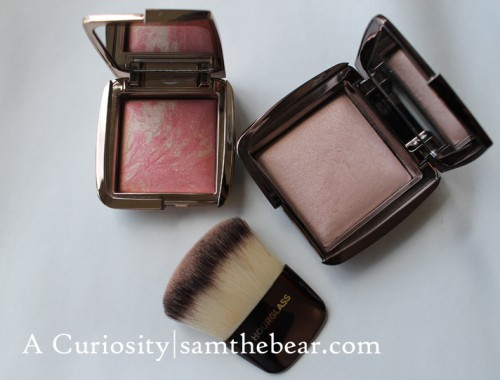 Hourglass_Ambient powders