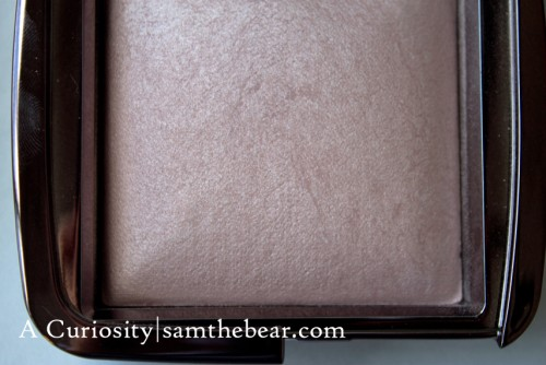 Hourglass_Ambient powders_Mood-light